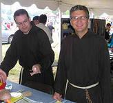 бригада строителей из монахов-католиков