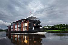 бизнес идея: Ковчег, плавучий отель