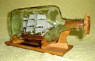 корабль в бутылке – заработок на оригинальных сувенирах